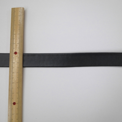 FLT0115 合皮テープ 両折 黒(ブラック) 15mm 1m単位